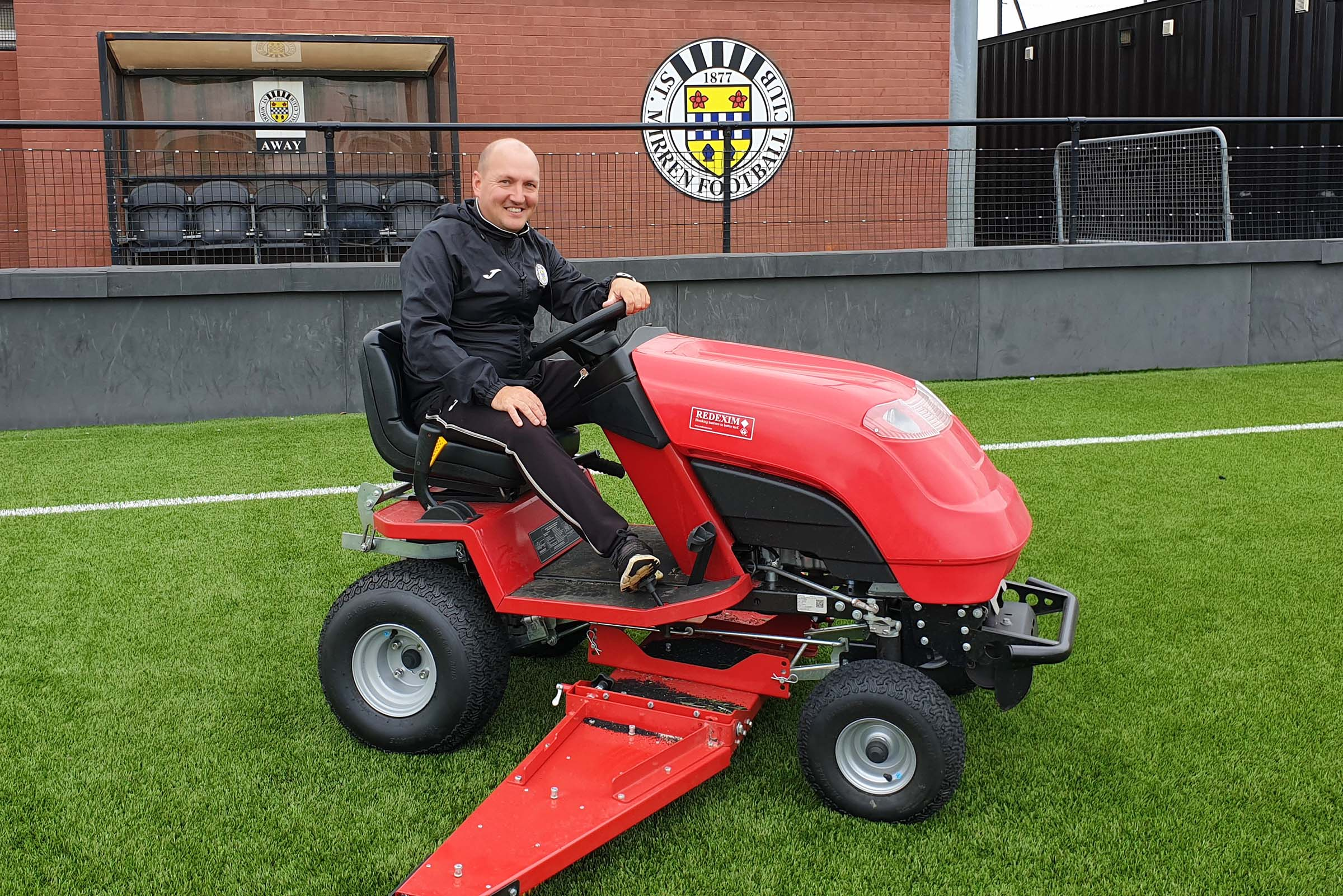 Redexim RTC makes regular brushing a breeze at St Mirren Training Ground